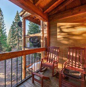 Cave Rock By Avantstay - Rustic 3-Story Townhouse In Northstar! photos Exterior