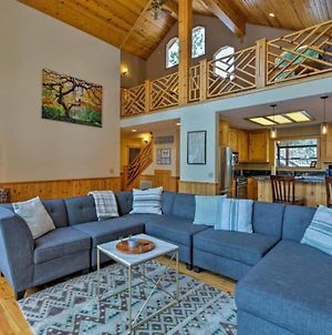 Black Bear By Avantstay - Viking Lodge W Game Room And Private Hot Tub! photos Exterior