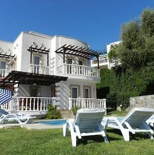 Ortakent Villa Sleeps 9 Pool Air Con Wifi photos Exterior
