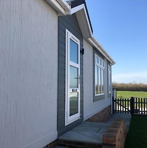 2 Bed Lodge - Northiam Steamtrain & River Closeby photos Exterior