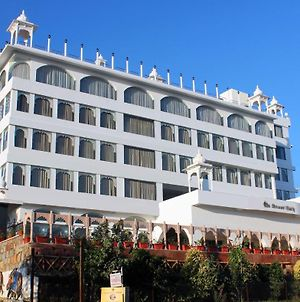 Mewargarh Red Tullip Hotels Udaipur photos Exterior