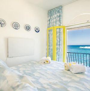 Romantic Town House W/Seaview From The Bed photos Exterior