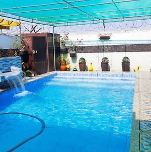 Private House W/ Swimming Pool Staycation Tarlac photos Exterior