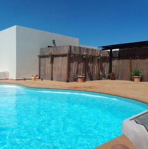 Studio In Tahiche With Private Pool And Furnished Terrace photos Exterior