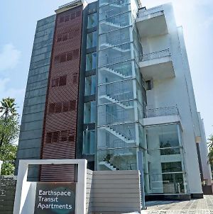 Traven Homes Earthspace Transit photos Exterior