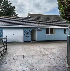 The Old Orchard - 3 Bedroom Holiday Home - Lamphey photos Exterior