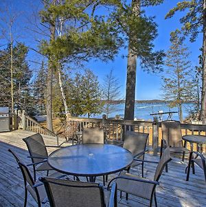 Waterfront Torch Lake Cottage Private Beach! photos Exterior