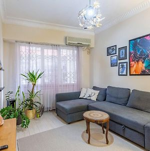 Eclectic And Stylish Flat Near Trendy Spots In Beyoglu photos Exterior
