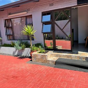 Martyrs Guest House photos Exterior