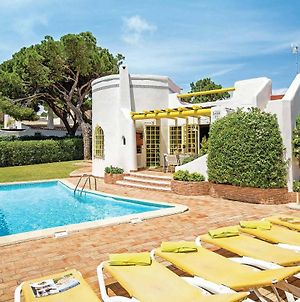 Located On A Quiet Cul De Sac Just Within 1 Mile From The Centre Of Vilamoura photos Exterior