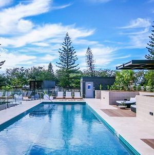 Boardwalk Burleigh Luxury Three Bedroom Apartment photos Exterior