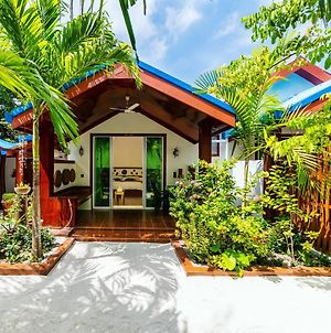 Beach Villa Ukulhas photos Exterior