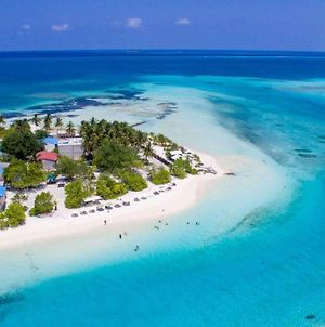 Dhiffushi White Sand Beach Hotel photos Exterior