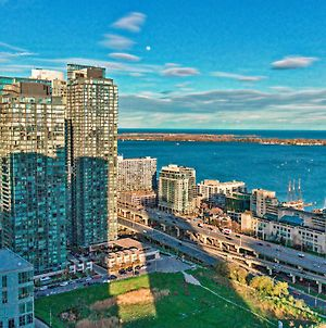 Classic Downtown Toronto Lakeview Condo With Free Parking photos Exterior