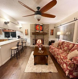 Cozy Paradise With Hot Tub, Game Room & King Beds! photos Exterior