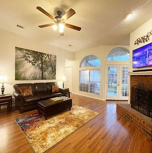 Pet-Friendly & Perfect! Jetted Tub, Patio, Ping Pong, Pac-Man photos Exterior
