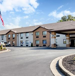 Quality Inn & Suites Metropolis I-24 photos Exterior