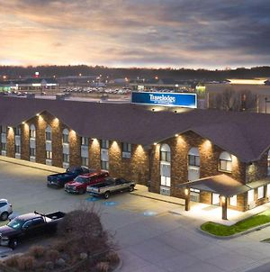 Travelodge By Wyndham Elkhart photos Exterior