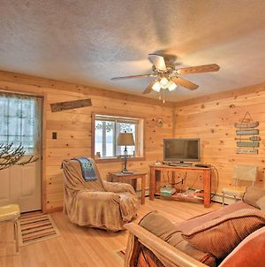 Interlochen Cabin Less Than 1 Mile From Green Lake! photos Exterior