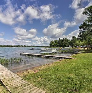 Lakefront Retreat With Boat Rentals, Beach And Bar photos Exterior