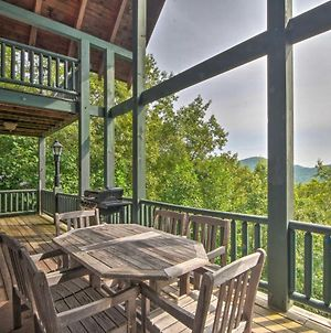 Expansive Sky Valley Lodge With Mountain Views! photos Exterior