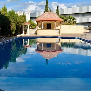 Queens Gardens - Kato Paphos - 1 Bed Apt Next To Kings Avenue Mall By Yiota photos Exterior