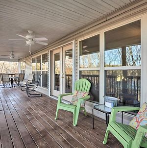 Lakefront Home On Table Rock With Fire Pit And Grill! photos Exterior