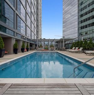 Relaxing 1Br With Pool And Gym photos Exterior