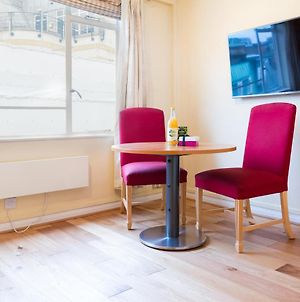 Cosy Studio Next To Buckingham Palace And Victoria Station photos Exterior