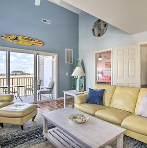 Expansive Ocean View Condo With Deck And Bay View photos Exterior