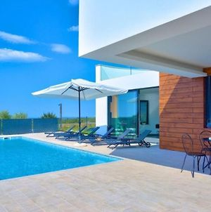 Eco-Friendly Villa Aria With A Pool And A Party Room photos Exterior
