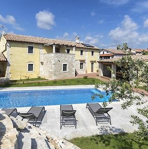 Authentic Istrian Villa Ive With A Swimming Pool photos Exterior