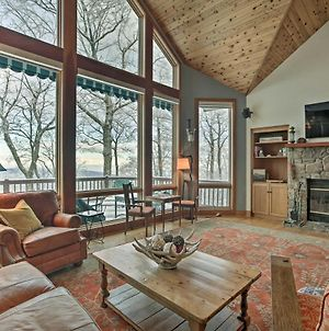 Wintergreen Family Ski Retreat With Fireplace And View photos Exterior