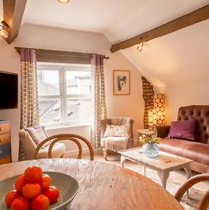 Pass The Keys Brand New! Cosy, Period Flat, Heart Of Chester photos Exterior