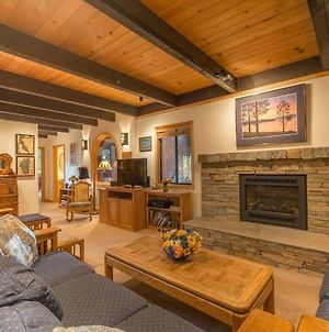 Musketeer By Avantstay - Large Family Friendly Home In Tahoe Swiss Village! photos Exterior