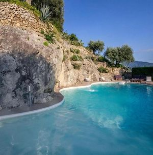 Plush Holiday Home In Sarno With Roof Terrace photos Exterior