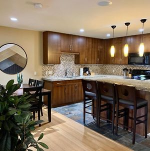 Luxurious Condo With Spa, Steam Room & Hot Tub Hosted By Fenwick Vacation Rentals photos Exterior