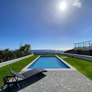 Contemporary Studios With Pool And Oceanside View photos Exterior