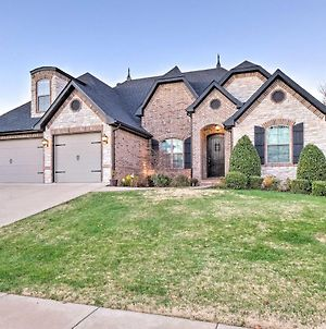 Large Mtb Dream Home In Bentonville With Games! photos Exterior