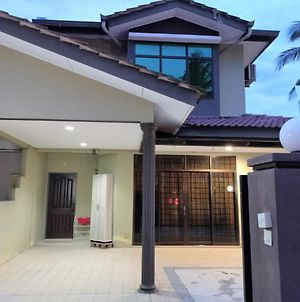 Corner House Homestay Alor Setar photos Exterior