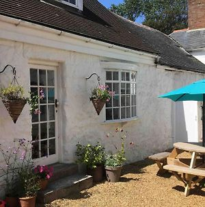 Bodriggy Barn Holiday Cottage Near St Ives photos Exterior