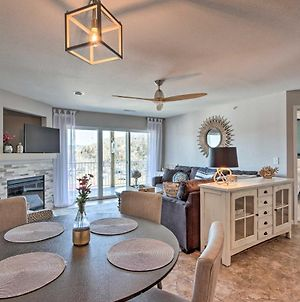 Cozy Lakefront Condo With Grill And Dock Access! photos Exterior