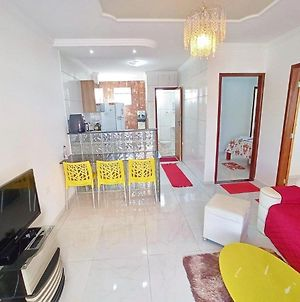 House In The Center Of The City, 4 Minutes Walk From The Beach photos Exterior