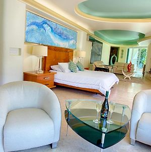 Beautiful, Elegant, And Luxury Master Suite With Impressive Views Of The Beach, photos Exterior