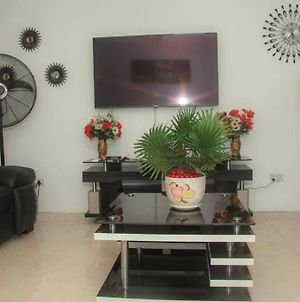 Home Away From Home In Gowon Estate, Ipaja-0904 937 8274 photos Exterior