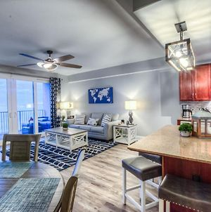 Amazing Style In Lake Town Wharf! 1 Bd, 2 Ba Amenities And Location! photos Exterior