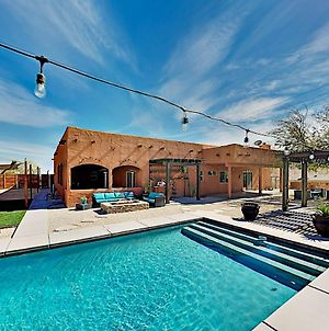 Luxe Desert Basecamp - Private Pool & Hot Tub Home photos Exterior