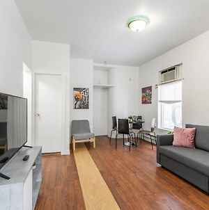 Spacious 3Br Apartment - Steps Away From Leslieville! photos Exterior