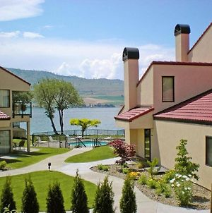 Spacious Resort Condos Fronting Beautiful Lake Chelan photos Exterior
