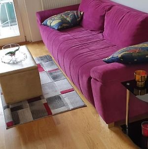 Room In Apartment - Welcome To Delas Rentals, Your Comfort Is Our Priority photos Exterior
